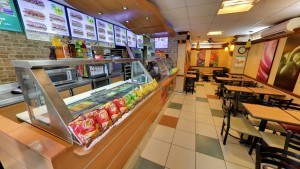 restaurant-street-view-subway-cg-road